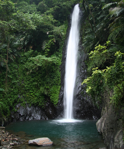 由于鲁凯族人世居于此,为茂林风景区的一大人文特色.